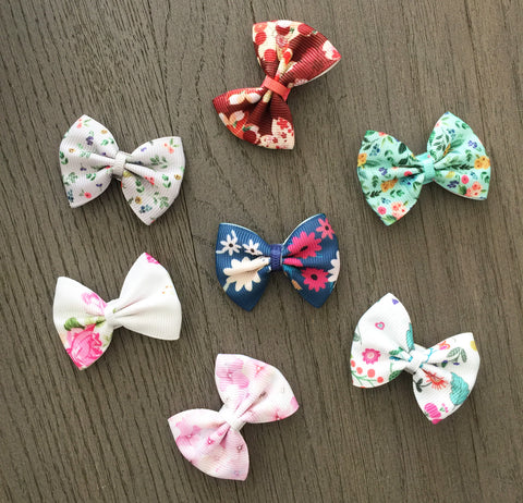beautiful floral print bows