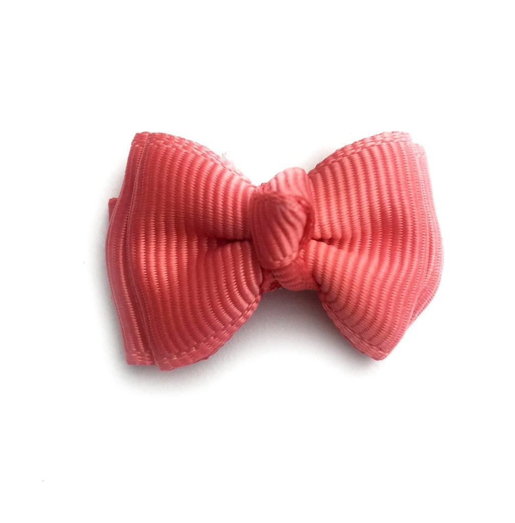 Small Snap Trendy Twist Hair Bow - Deep Coral