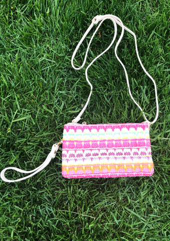Natural Straw Crossbody Clutch