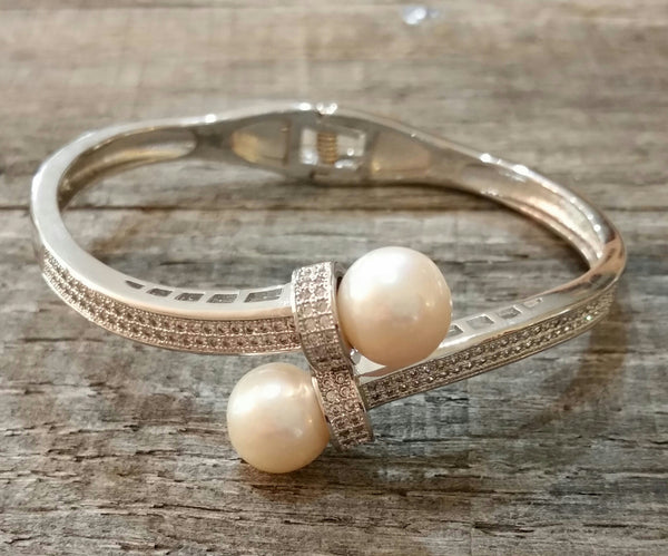 Bracelet - Hinged Bangle