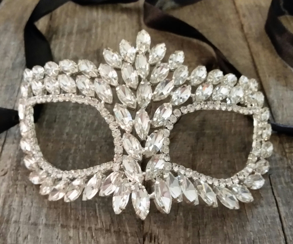 Masquerade Mask - Jeweled