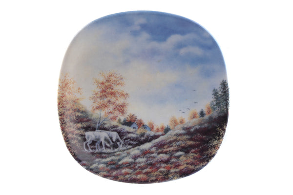 Arabia Finland Small Wall Plate, Autumn in Lapland