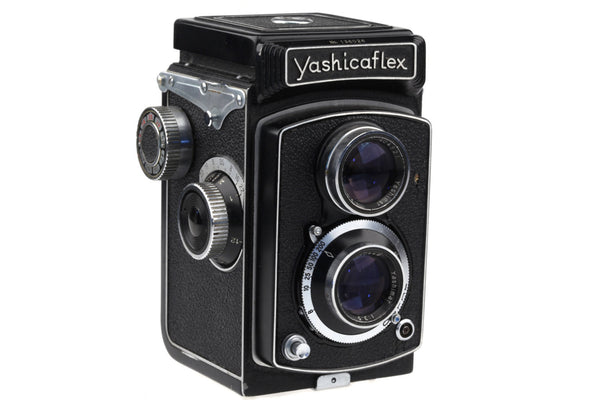 Yashicaflex Model A (1954)  Medium Format TLR Camera Yashimar lens 80mm