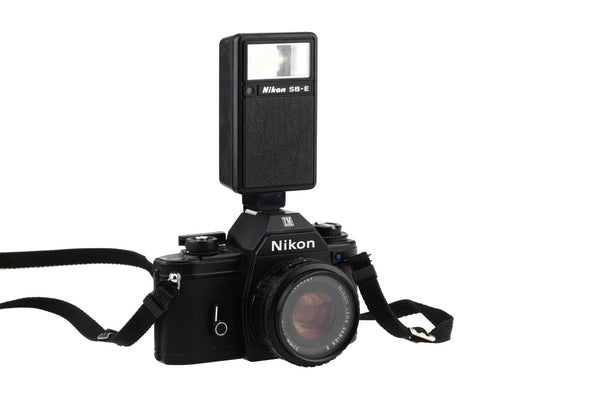 Nikon EM  Body (Black) With The Nikon Series E 50mm 1:1.8 lens and Nikon SB-E Flash / Fully Working!