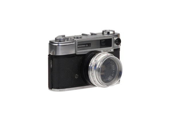 Yashica Minister D Range-finder with 1:2,8 f=4.5 Lens.. Collectible Retro Photography Retro Camera Vintage Pictures..