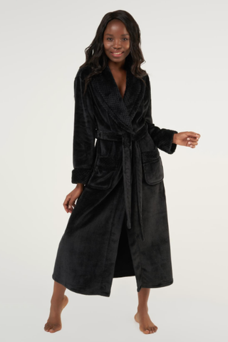Black ladies' cut microfleece plush robe.
