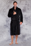 Microfleece robe in black.