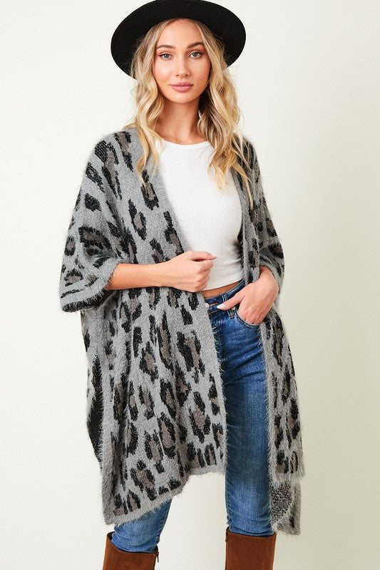 LOOSE FIT CARDIGAN (CHEETAH PRINT) WITHOUT CLOSURES AND WITH SIDE SPLITS