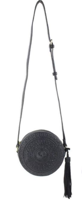 ROUND CROSSBODY BAG with adjustable straps by Street level