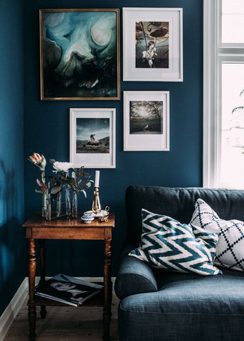 how to decorate with cushions, home accessories are the new art, velvet cushions, scatter pillow, patterned cushions
