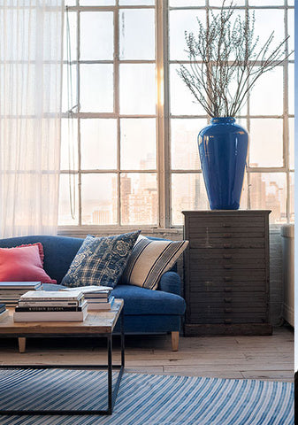 home accessories are the new art, how to decorate with cushions, velvet cushions, silk cushions