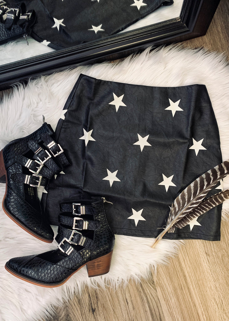 The Lone Star Skirt in Black