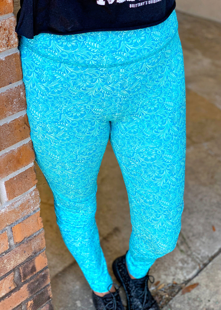 The Domino Leggings in Tooled Turquoise