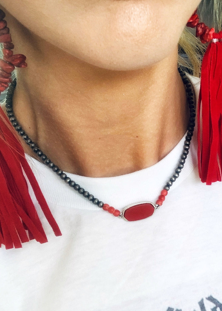 The Del Rio Choker in Red