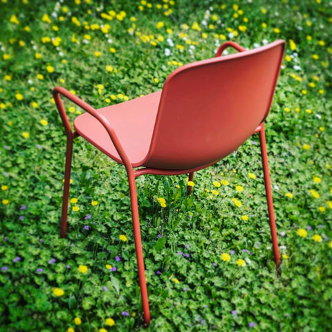 Holi Closed Shell Armchair