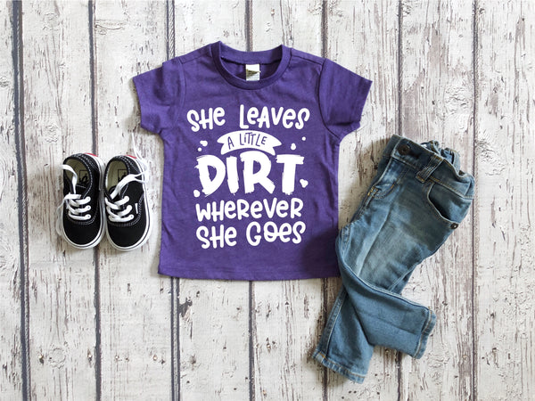 She Leaves a Little Dirt tee