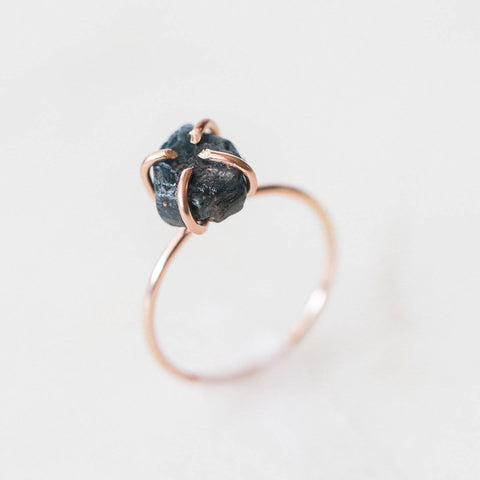 Raw sapphire gemstone 14k rose gold filled ring | blue sapphire solitaire ring, raw gemstone ring, rose gold stacking ring