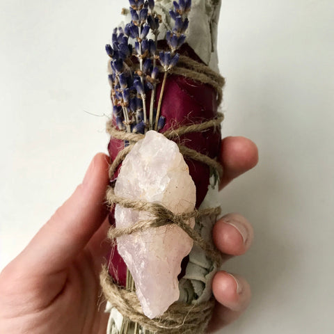 White sage crystal smudge bundle | rose quartz smudge bundle | dried herbal smudge stick | rose + lavender love smudge bundle | meditation