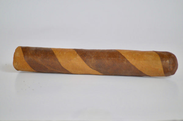"ROTHSCHILD DOUBLE WRAPPER Single 5"" x 50 Filler: Nicaragua - Wrapper: Habana seed/Connecticut - Binder: Ecuador"