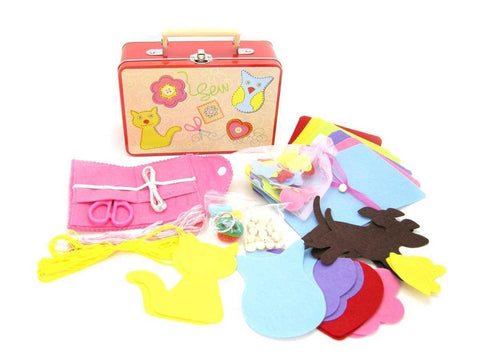 Sewing Kit in Tin Case by Kaper Kidz