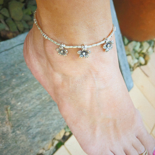DAISY CHAIN ANKLET