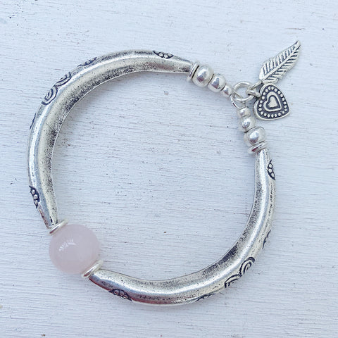 """CATCHING FEELS"" Rose Quartz Bracelet"
