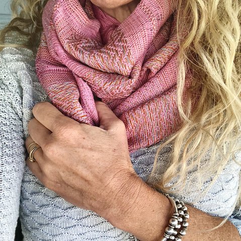 "100% COTTON TRADITIONAL ""KAREN HILL TRIBE"" SCARF - PINK"