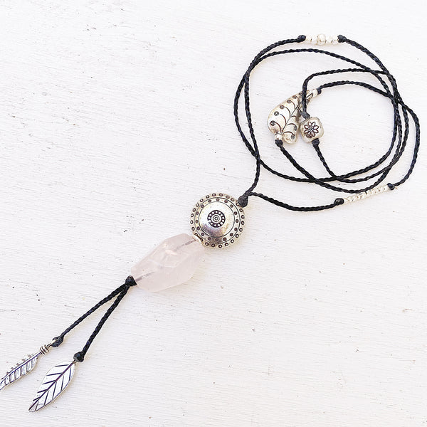 BOHEMIAN ROSE NECKLACE