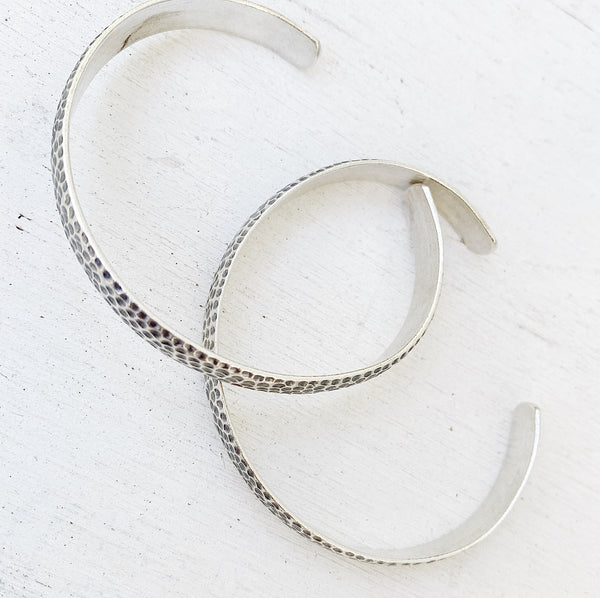 HAMMERED SILVER CUFF BANGLE