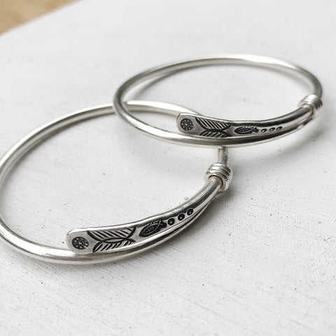 ADJUSTABLE BANGLE 54MM-60MM
