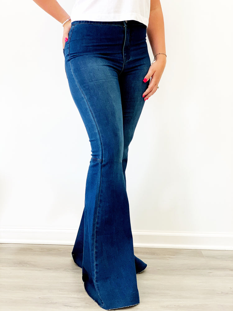ROCKWELL FLARE JEANS