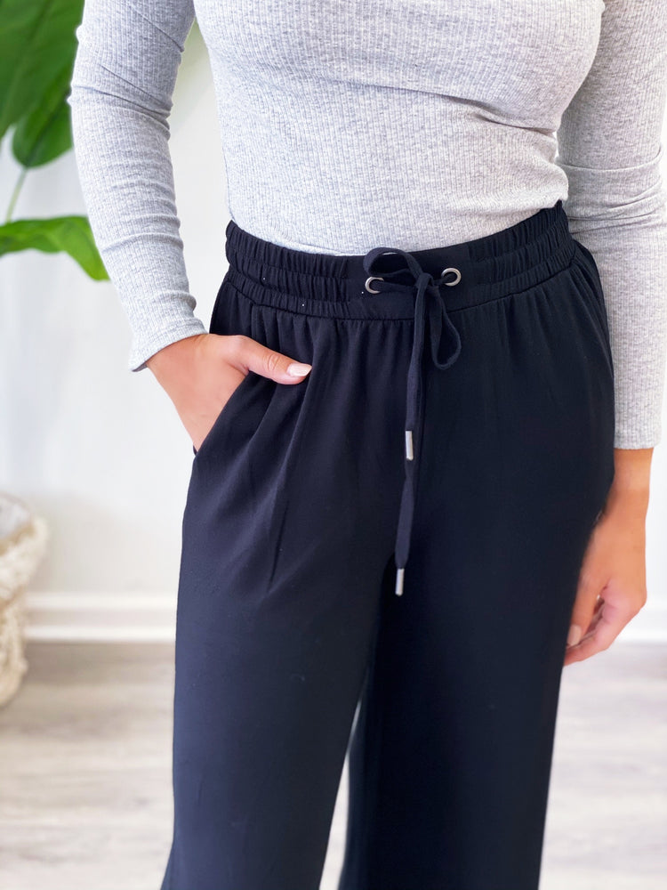 Weekend Crop Pant