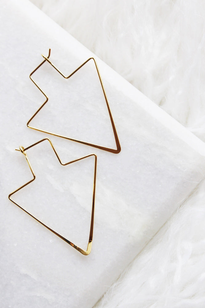 ARROW HOOP