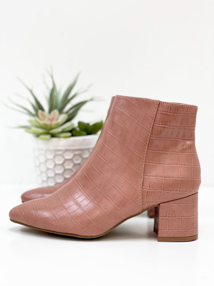 Rapid Bootie- Rose