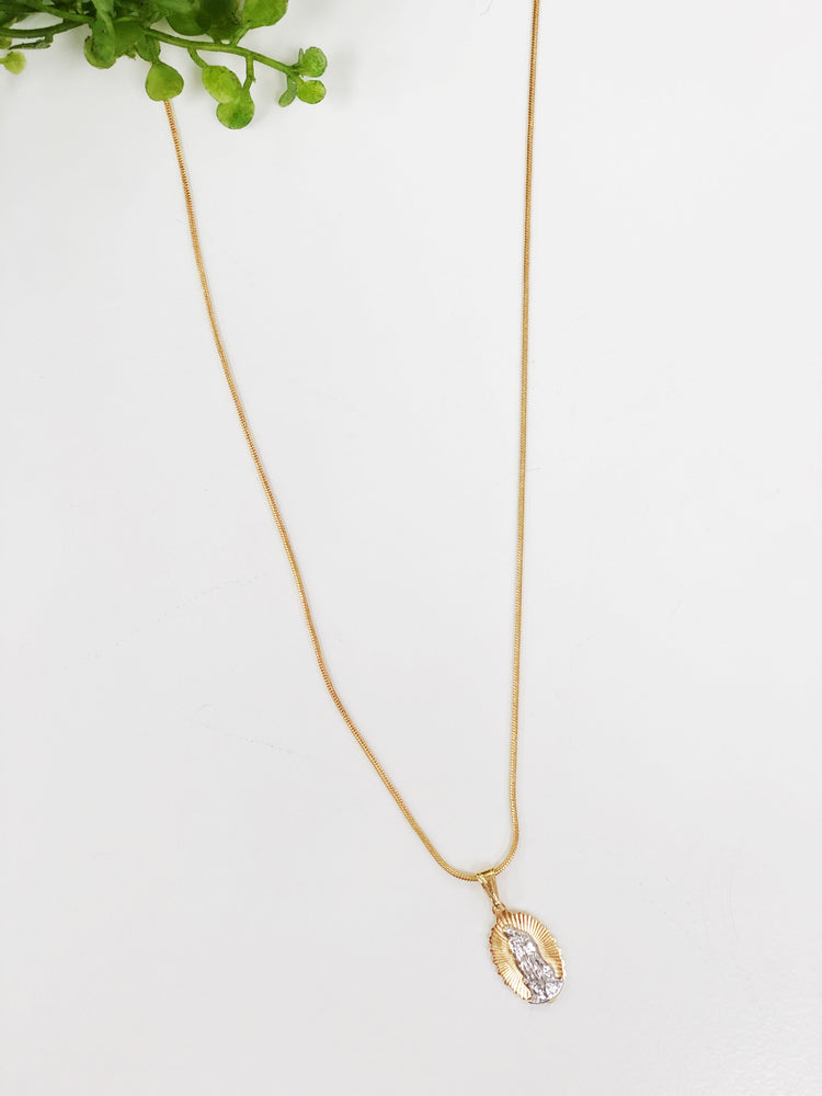 WAVY SAINT NECKLACE