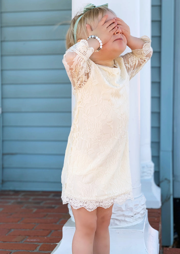LACE LOVERS DRESS