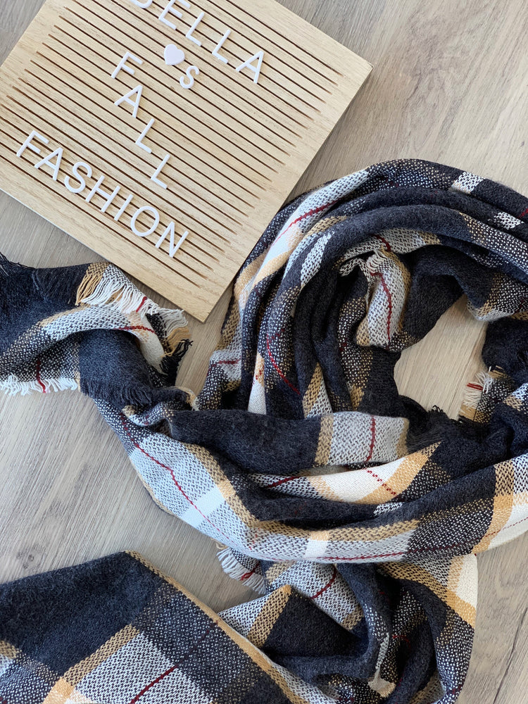 SOUTHERN CHARM SCARF
