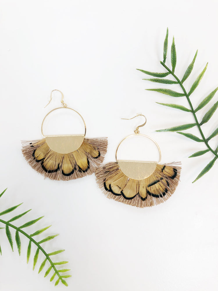 CIRCLE FEATHER EARRING