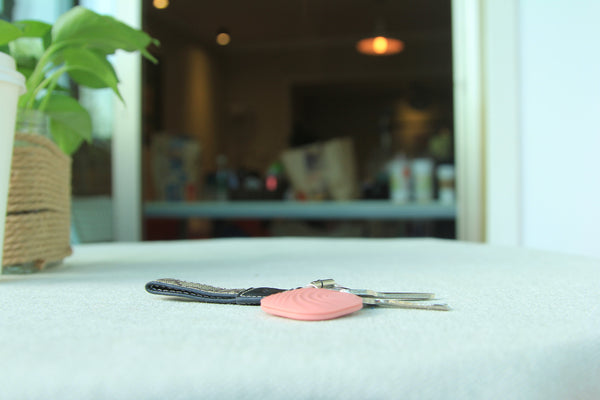 Nut Find3 - The best design smart finder,easy find,never forget. Orange Pink.