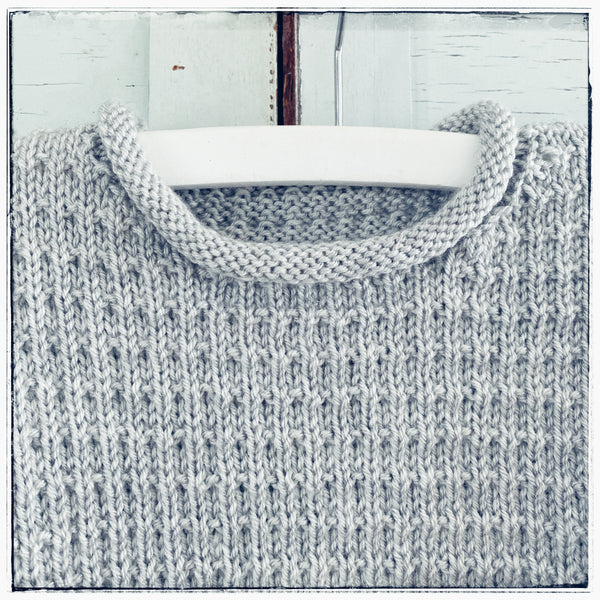 Handknitted box knit jumper Size 3