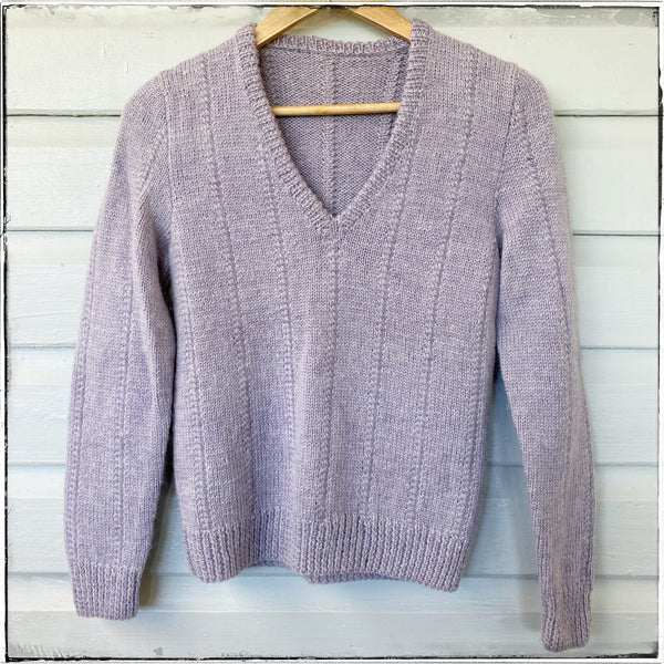 Handknitted jumper with deep V size 14 girls/ womens 6