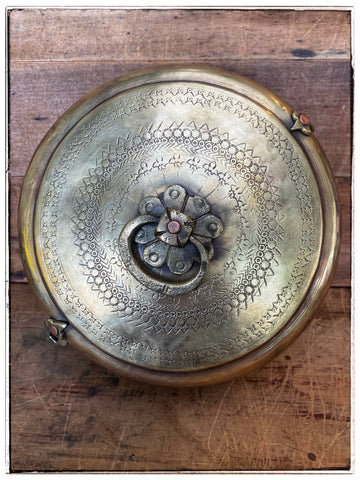Antique chapati tin 1