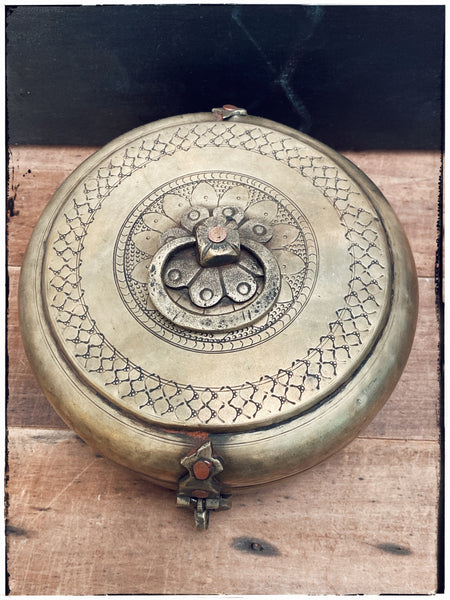 Antique chapati tin-medium