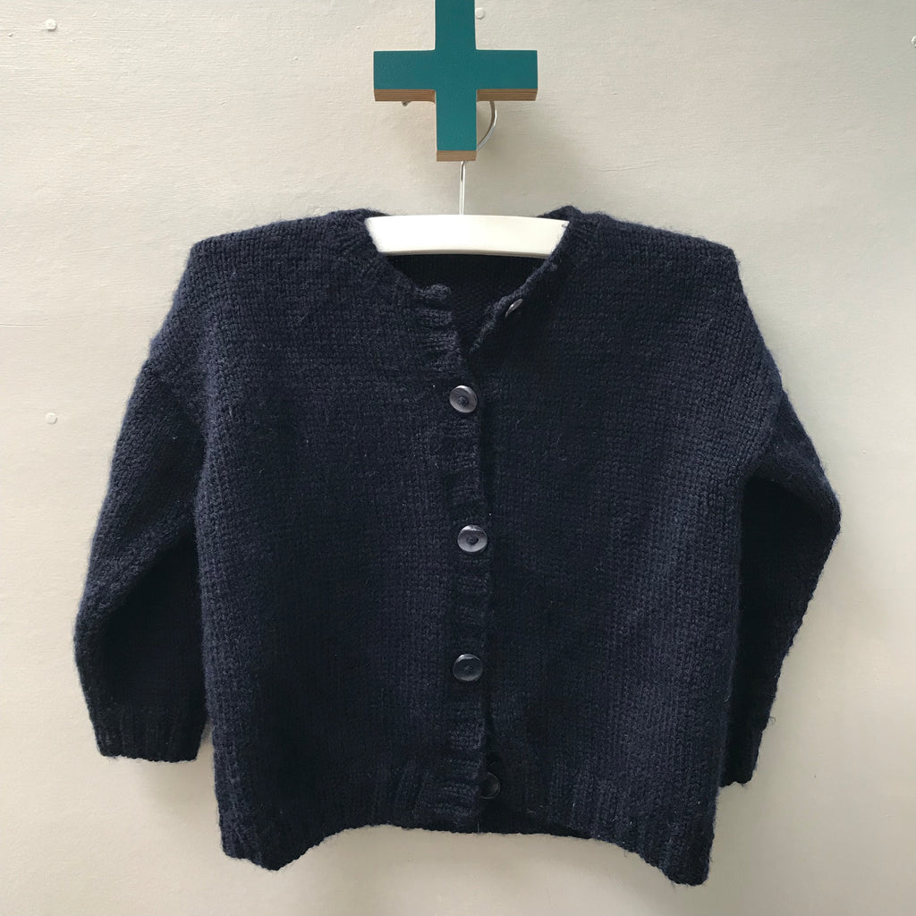 Handknitted cardigan size 2-3