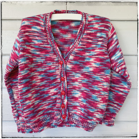 Handknitted cardigan size 4-5