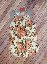 Floral In The Middle Sleeveless Top