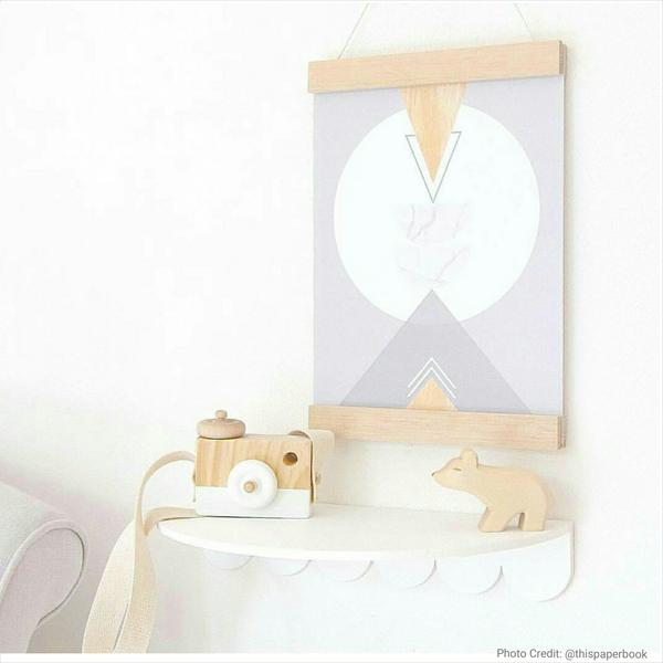 Oak Poster Hanger by Interior Motives