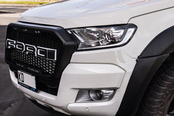 DIY: Make new face of your Ford Ranger with LED grille.