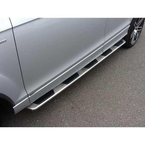 b130112_audi_q7_oem_style_running_boards_on_vehicle_pic_12_RAGP6CXBIYS2.jpg