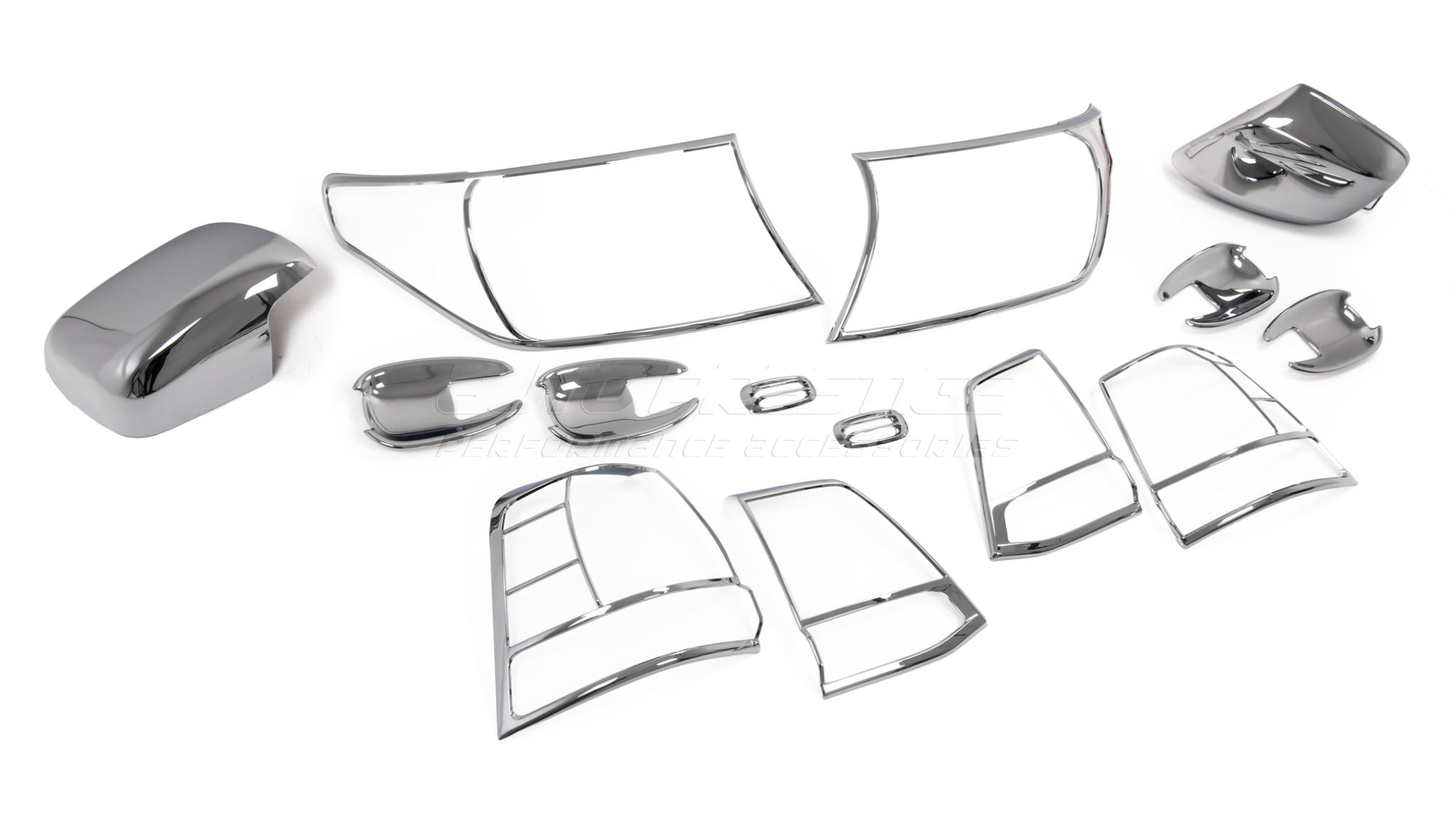 chrome-trims-kit-toyota-land-cruiser-fj-200-series_RWQVQTNS6EFB.jpg